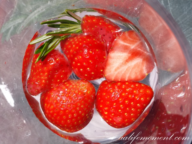 Rosemary and strawberry detox water