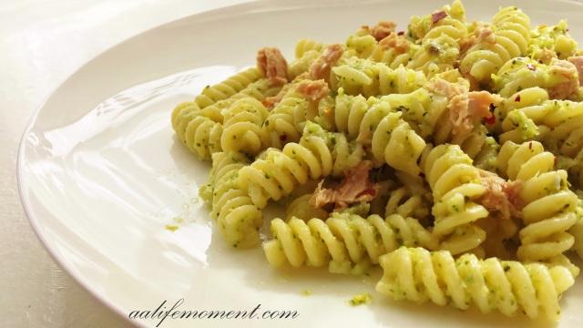 Broccoli Pesto Sauce Recipe with Tuna and Chili
